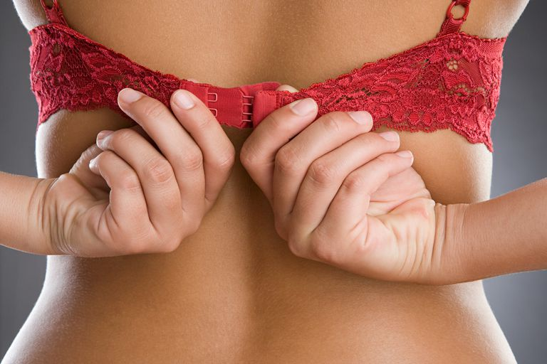 How To Undo A Bra Having Back Hook And Eye Closure